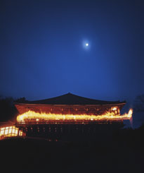 奈良は東大寺のお水取りが終わって関西に春がやってくる。